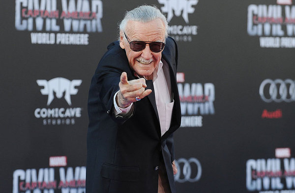 Stan Lee niega las acusaciones de acoso sexual