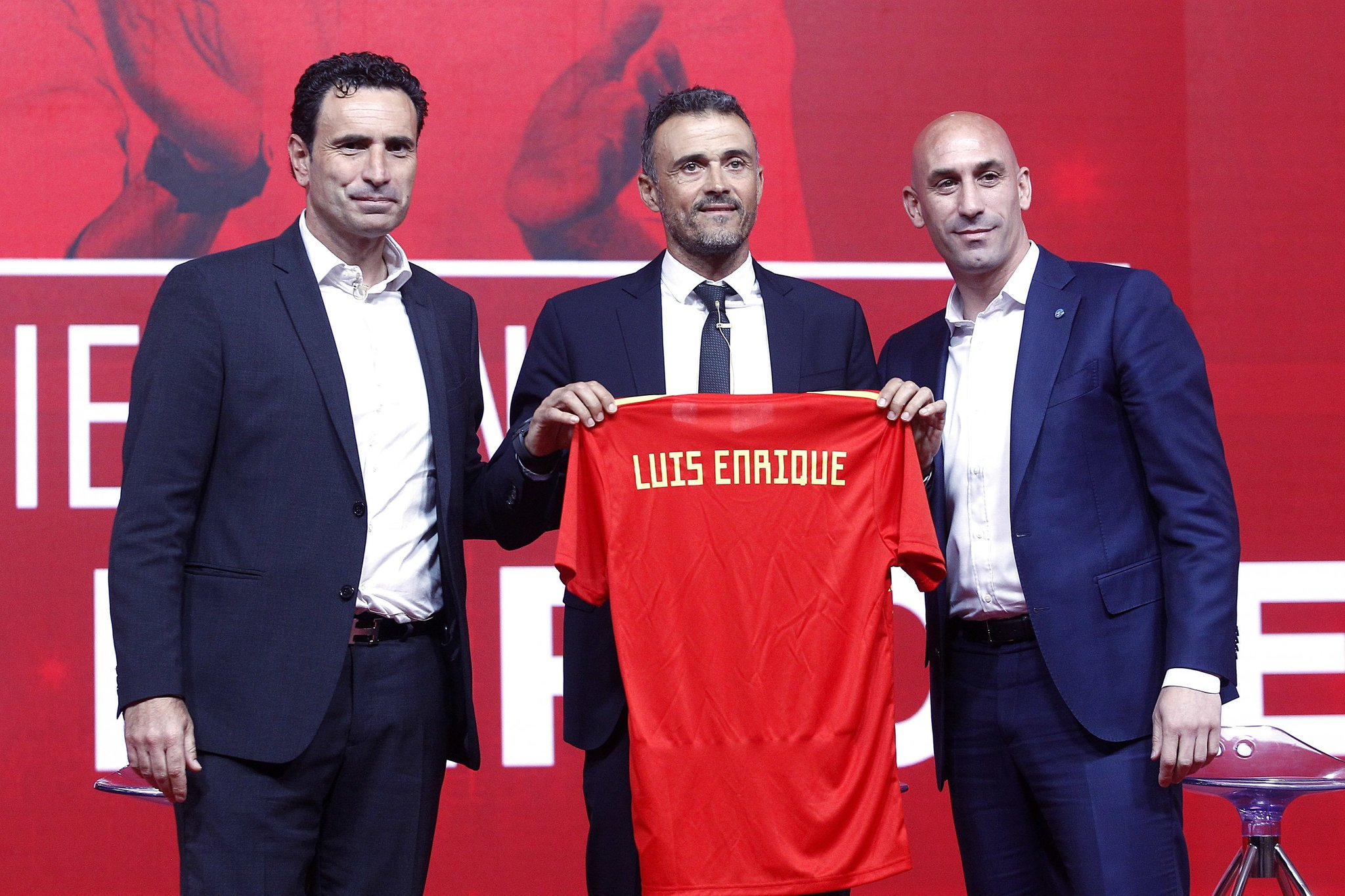"Luis Enrique regresa a ""La Roja"""